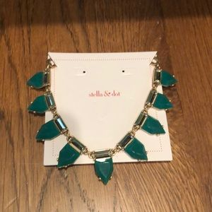 New Stella & Dot Eye candy necklace Emerald